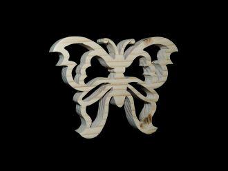 Filigraner Schmetterling aus Fichte Leimholz